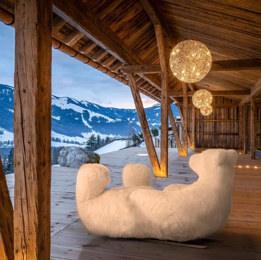 L'ours Icebearg, mobilier de châlet